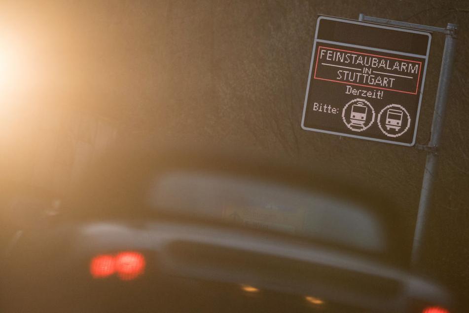 Kaum 2018, schon Feinstaub-Alarm: Autos bitte stehen lassen