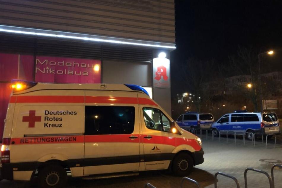 Aufgrund ihrer Verletzung wurde die Jugendliche ins Krankenhaus gebracht.