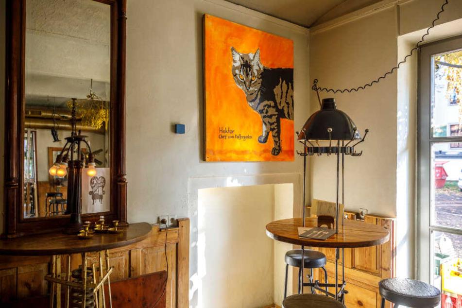 Ehre, wem Ehre gebührt: Im Scheune-Café hängt sogar Hektors Bild an der Wand.