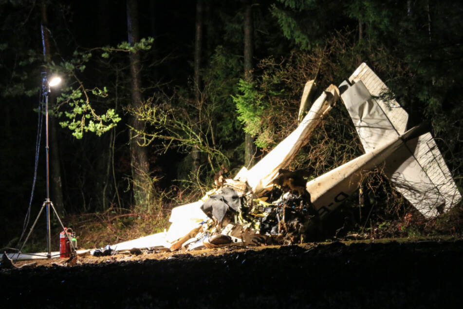 Tragischer Flugzeugabsturz mit Cessna: Junger Pilot stirbt