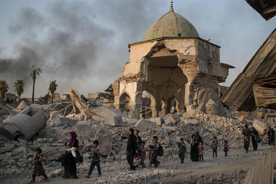 Nach monatelangen Kämpfen haben Truppen unter kurdischer Führung die letzte Bastion der Terrormiliz Islamischer Staat (IS) in Syrien eingenommen.