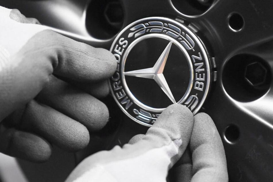 Der Dieselskandal wird für Daimler nochmals teurer. (Symbolbild)