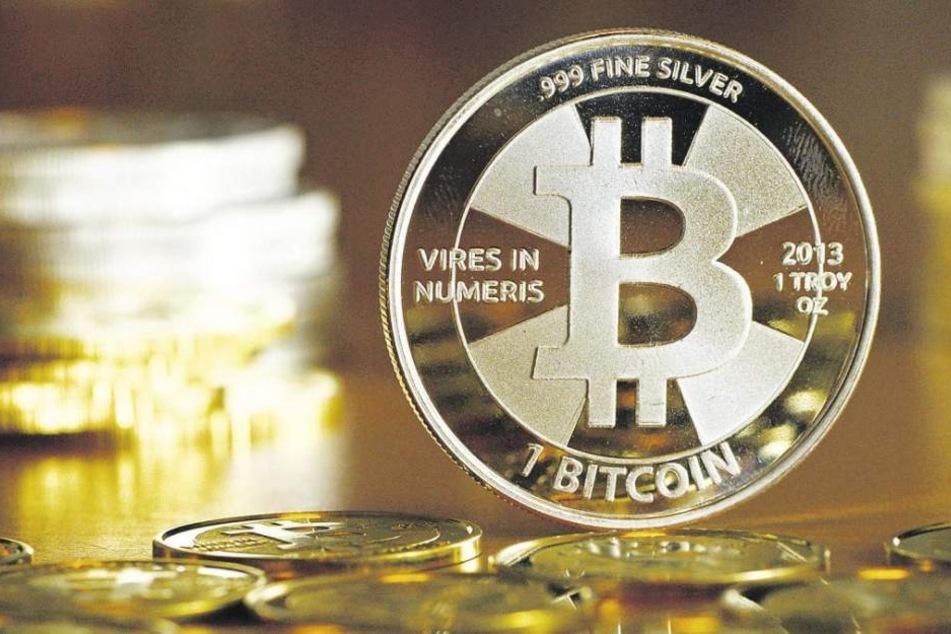 Der Kurs für die digitale Währung schwankt in den letzten Jahren gewaltig. Aktuell ist ein Bitcoin 1789 Euro wert.