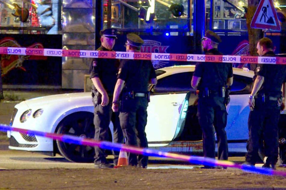 Rockerboss Dariusch F. wurde in diesem weißen Luxusauto angeschossen.