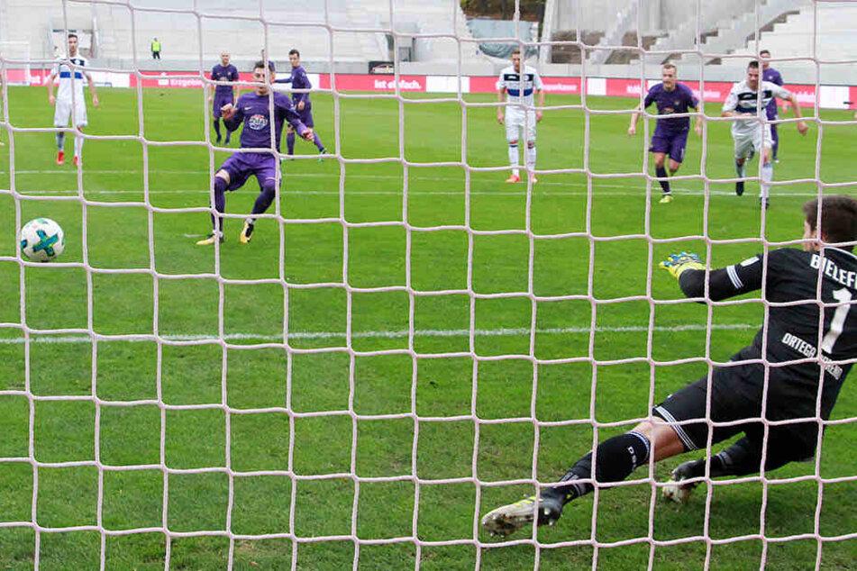 Zuletzt traf nur Mario Kvesic für Aue, wie hier gegen Bielefeld.