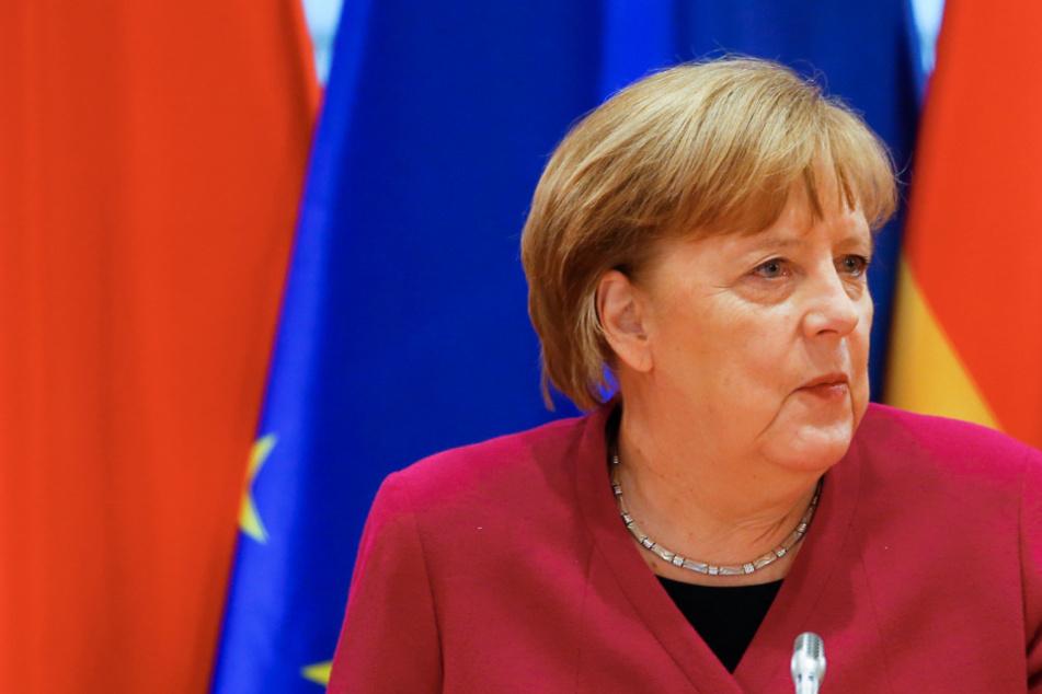 Coronavirus: Impfungen von Schülern und Studenten - Merkel lädt MPs zum nächsten Gipfel ein