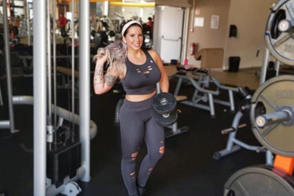 Beim Sport setzt Jenny auf Vielfalt: Von Fitnessstudio bis Wandern.
