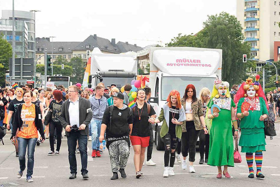 Mehr Geld für den Christopher Street Day in Chemnitz: Mit dem städtischen Zuschuss ist die bunte Parade gerettet.