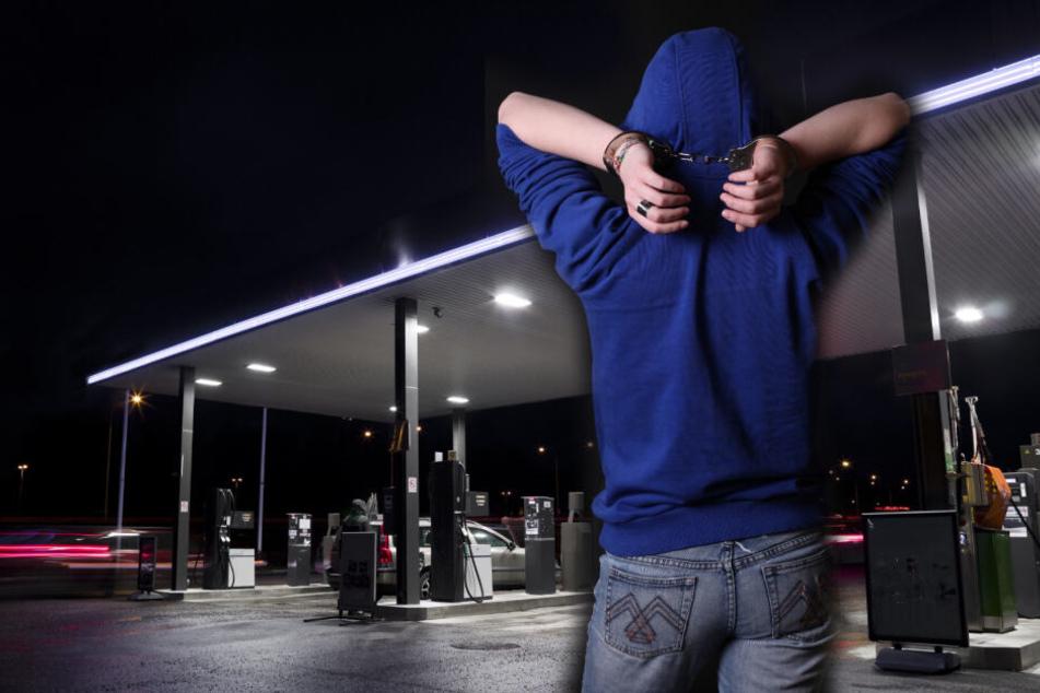 Die Polizisten konnten den jungen Einbrecher noch vor Ort stellen. (Symbolbild)