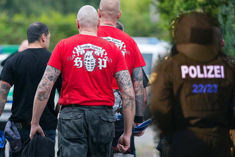 Die Polizei hat in Leipzig-Schönfeld ein Nazi-Konzert verhindert. (Symbolbild)