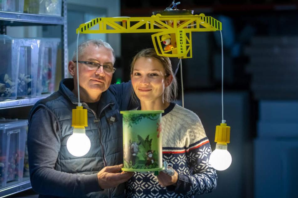Peter Lohse (57) leitet das Unternehmen Elobra. Tochter Anika Lohse (28) wird die Leitung in naher Zukunft übernehmen.