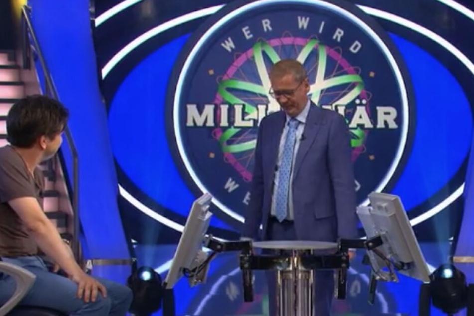 Günther Jauch versuchte dem Kandidaten die Frage zu erklären.