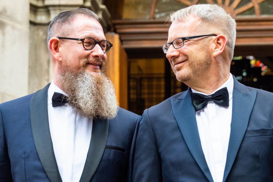 Nach 25 Jahren: SPD-Politiker Johannes Kahrs hat geheiratet!
