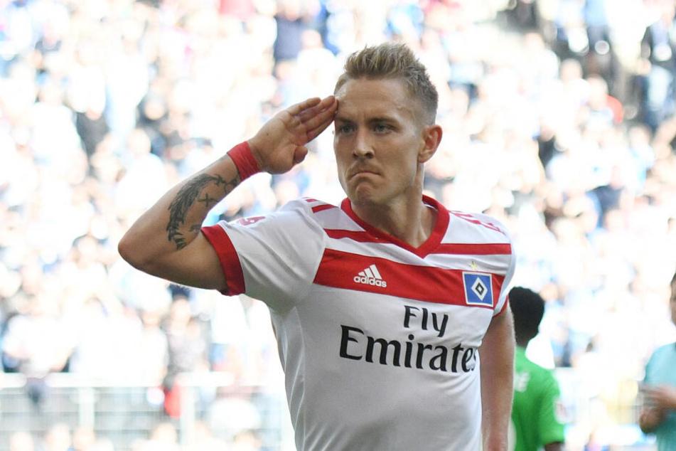 Lewis Holtby jubelt über ein Tor für den Hamburger SV.
