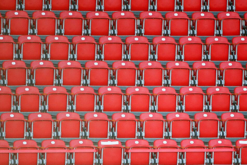 Am Samstag spielen zwei hessische Clubs vor leeren Rängen (Symbolfoto).