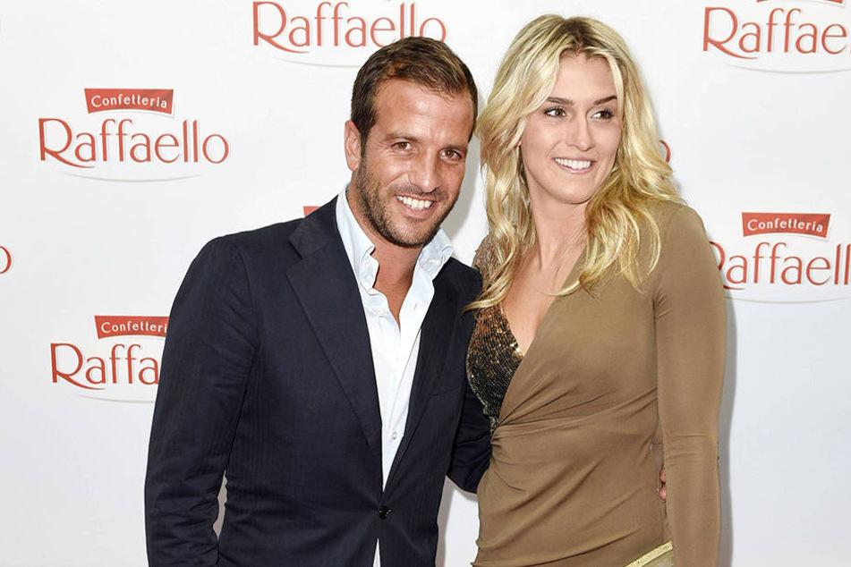 Es ist offiziell: Rafael van der Vaart (33) und seine Estavana Polman (24) bekommen ein Baby.