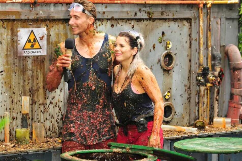Ganz schön eklig: David Friedrich und Jenny Frankhauser bei einer gemeinsamen Dschungelprüfung. Mehr als Freundschaft ist da nicht, bekräftigt sie.