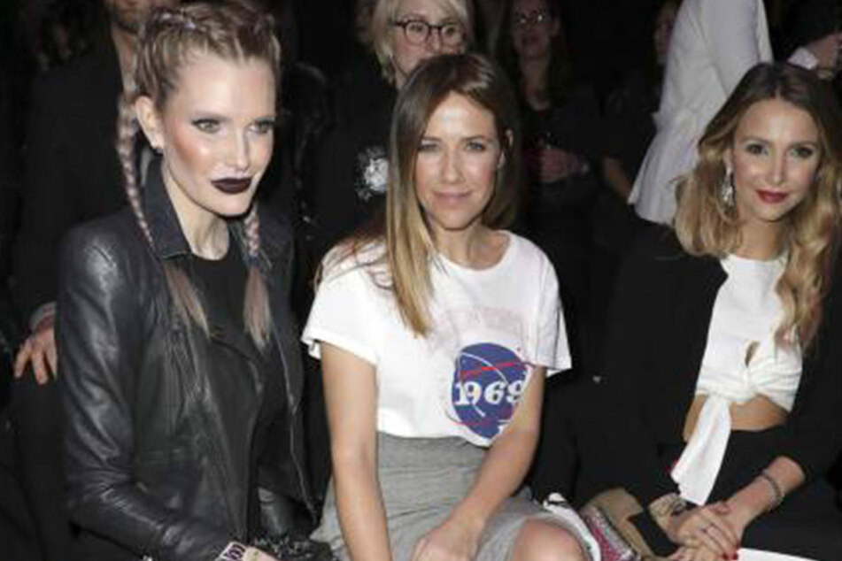 Mirja du Mont (40), Alexandra Neldel (40) und Sophie Hermann bei der Mercedes Benz Fashion Week in Berlin (v.l.n.r.).