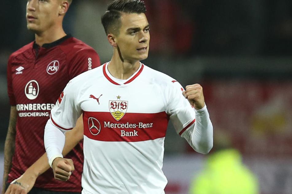 Ihn setzte VfB-Coach Weinzierl erst auf die Bank: Dann trifft Joker Erik Thommy mit viel Wucht zum 2:0-Erfolg für den VfB.
