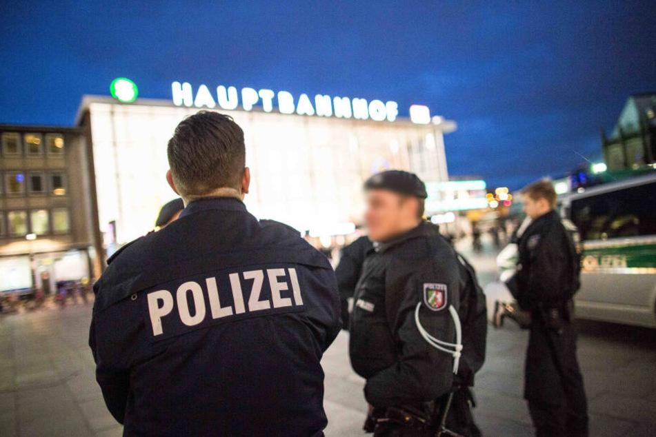 Am Montagabend stellte sich der 65-Jährige am Hauptbahnhof der Polizei (Symbolbild).