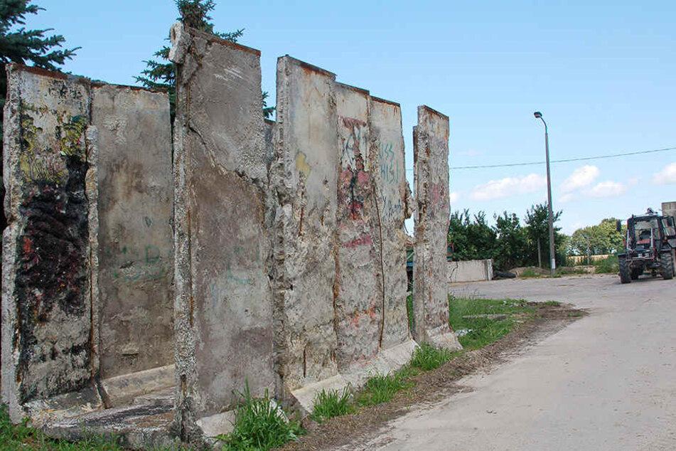 In Wischershausen stehen immer noch Teile der ehemaligen DDR-Grenzmauer.