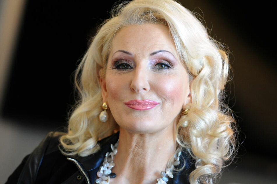 "Désirée Nick (62) war am 7. Januar bei der ersten Folge von ""Dancing on Ice"" verletzt ausgeschieden."