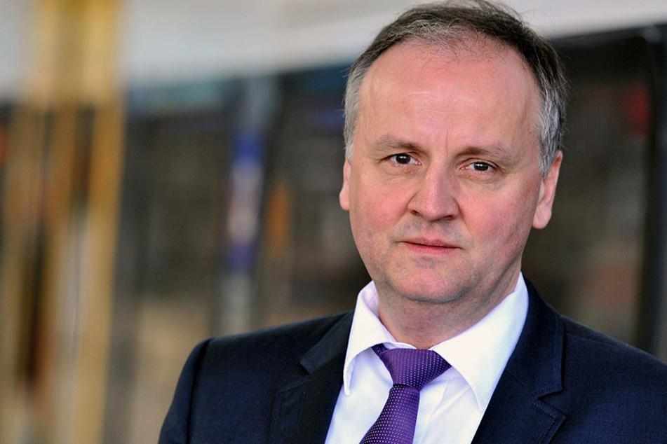 Länderbahn-Chef Andreas Trillmich (53) ärgert sich über die Deutsche Bahn.
