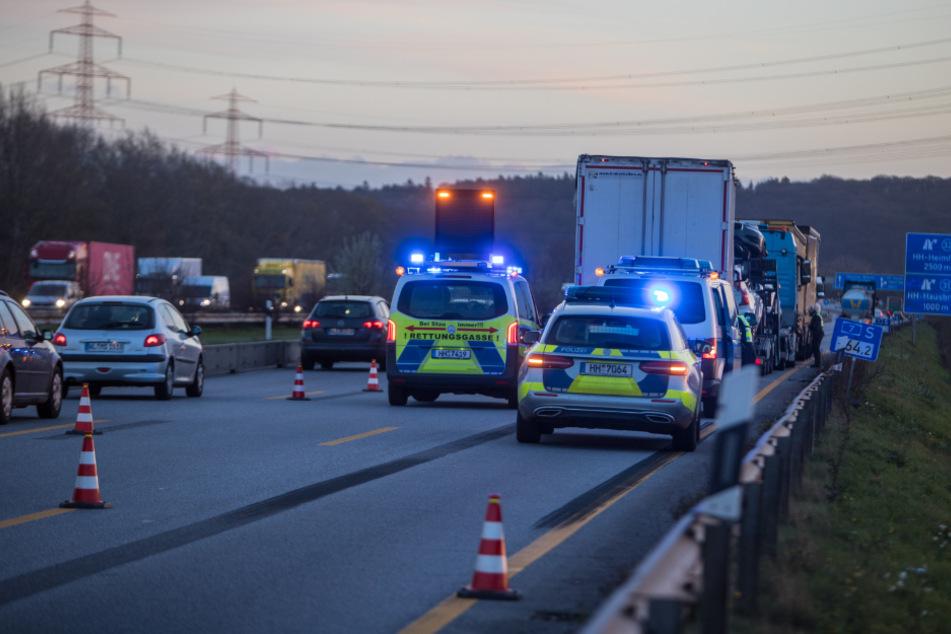 Mega-Stau nach Unfall mit vier Lastwagen auf A7