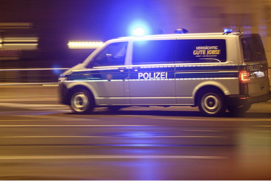 Die Polizei konnte den BMW-Fahrer nach dem Unfall stellen. (Symbolbild)