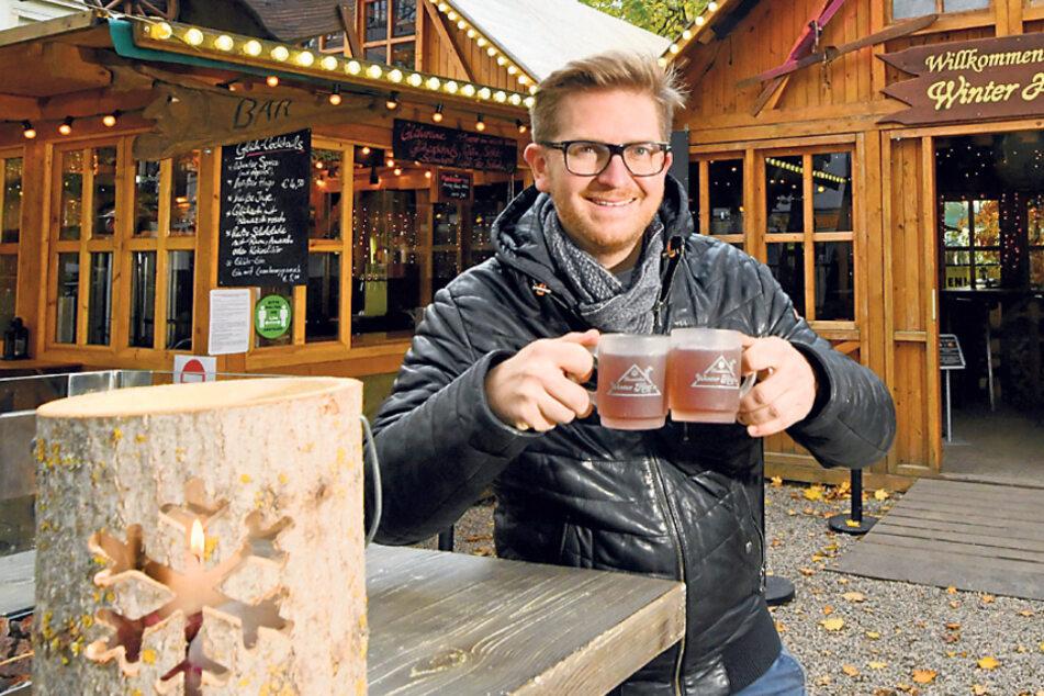 Prost: In der Neustadt gibt es schon den ersten Glühwein