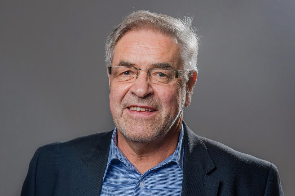 Linken-Stadtrat Klaus Bartl (70) schlägt mehr Präsenz von Polizei und Stadtordnungsdienst in der Stadt vor.