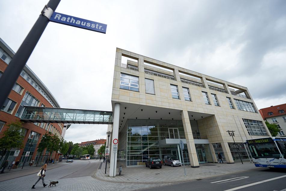 Nach Drängen der Polizei: Stadt Hagen nimmt Israels Flagge wieder ab
