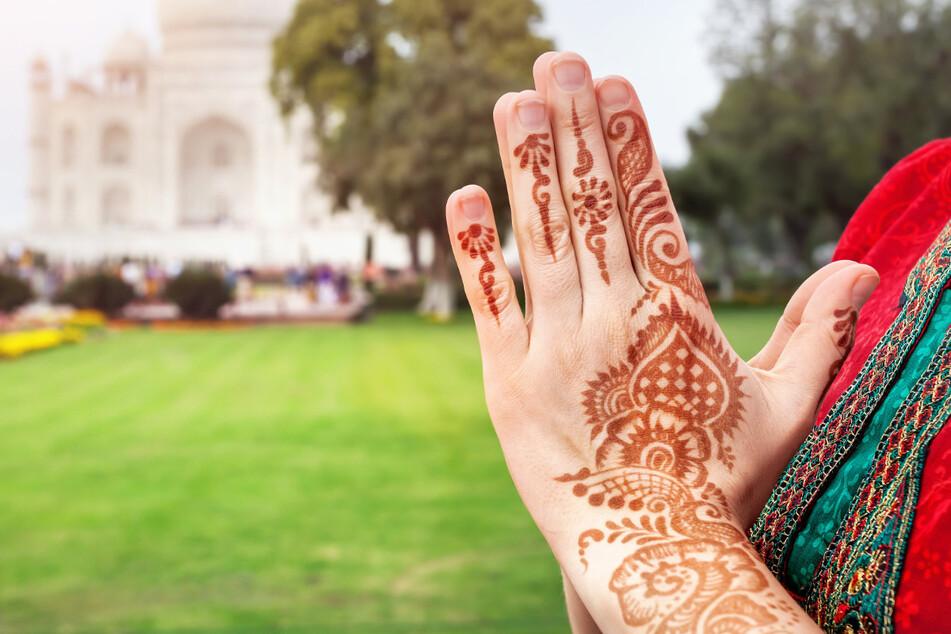 Bei dem Fest reisen Verehrer des Hindu-Gottes Shiva aus verschiedenen Bundesstaaten zum Ganges, um von dort Wasser mitzunehmen, das sie in Shiva-Tempeln in ihren Regionen darbieten können. (Symbolbild)
