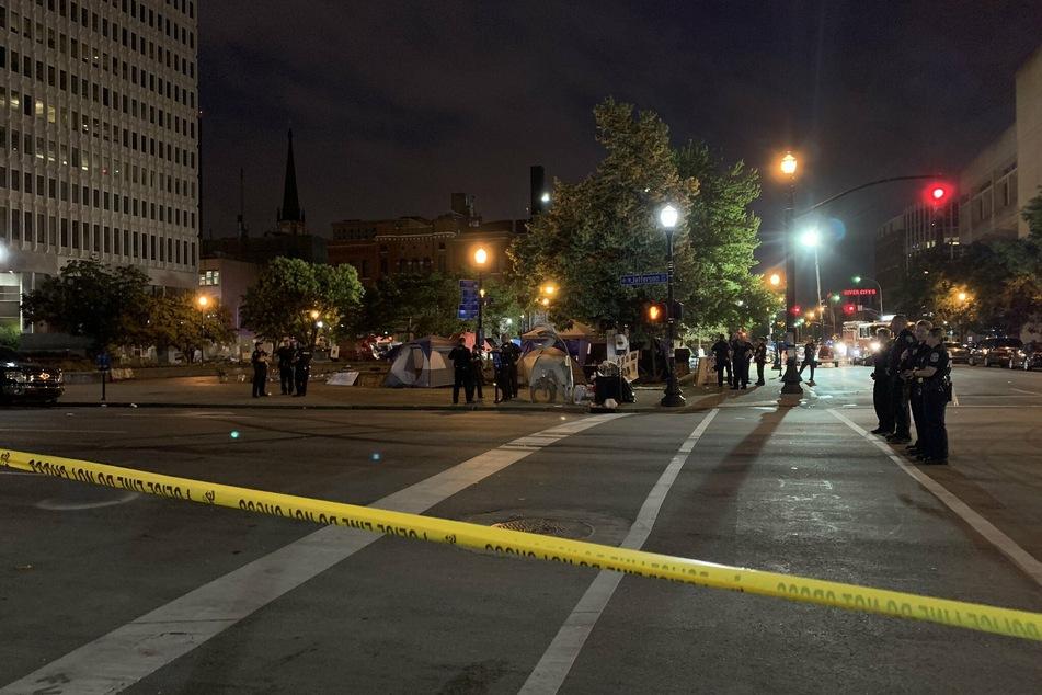 Plötzlich fielen Schüsse: Ein Toter bei Protesten gegen Rassismus