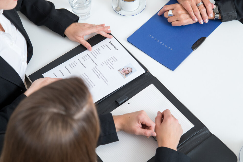 Der Job-Bewerber klagt nun wegen Diskriminierung gegen die Firma. (Symbolbild)