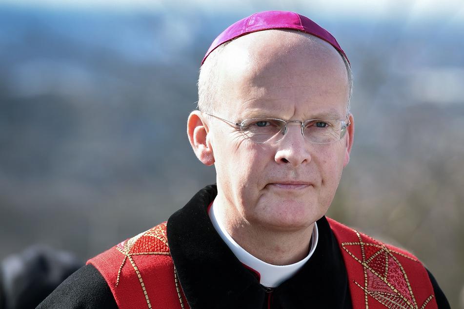 Der Essener Bischof Franz-Josef Overbeck kann zum Jahreswechsel keinen Zauber eines Anfangs entdecken. (Archivfoto)
