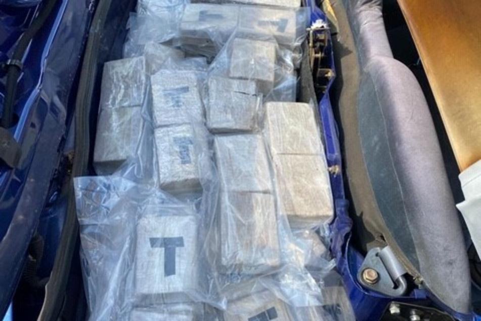 Gigantischer Drogen-Fund in Kofferraum!