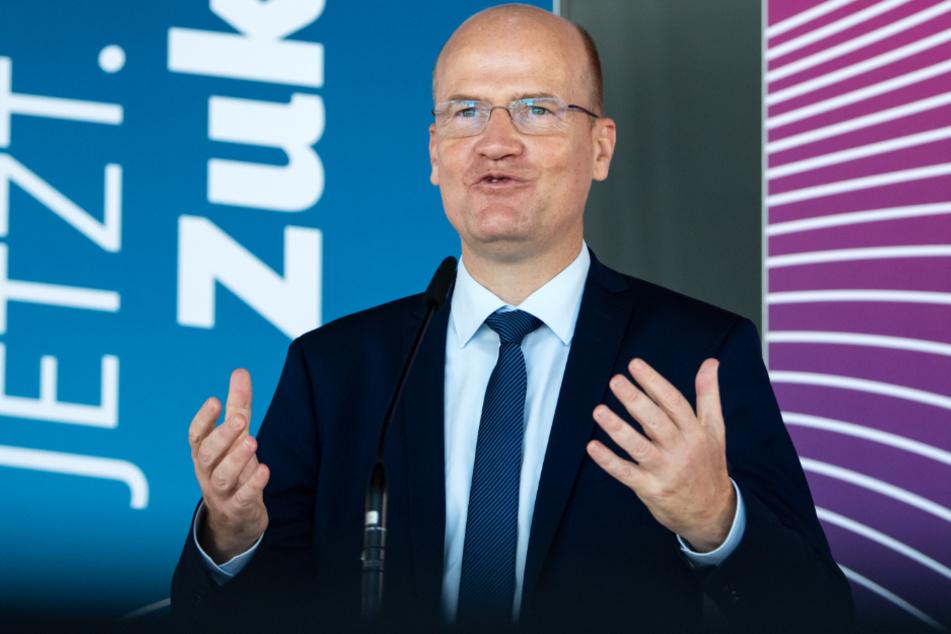 Unionsfraktionschef Ralph Brinkhaus (52, CDU).