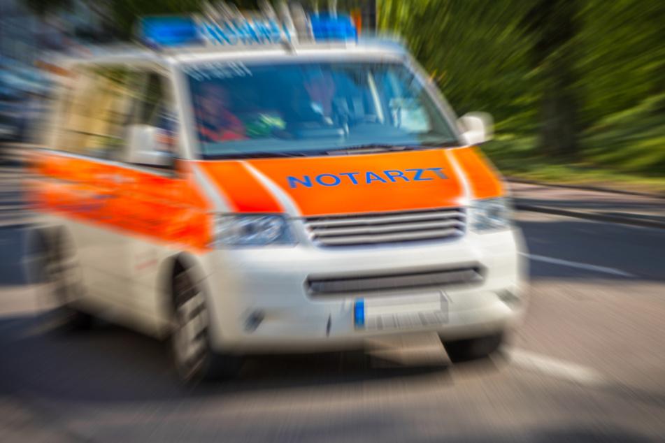 Unfall A4: Unfall auf der A4: Zwei Fahrer provozieren, drei Unbeteiligte schwer verletzt