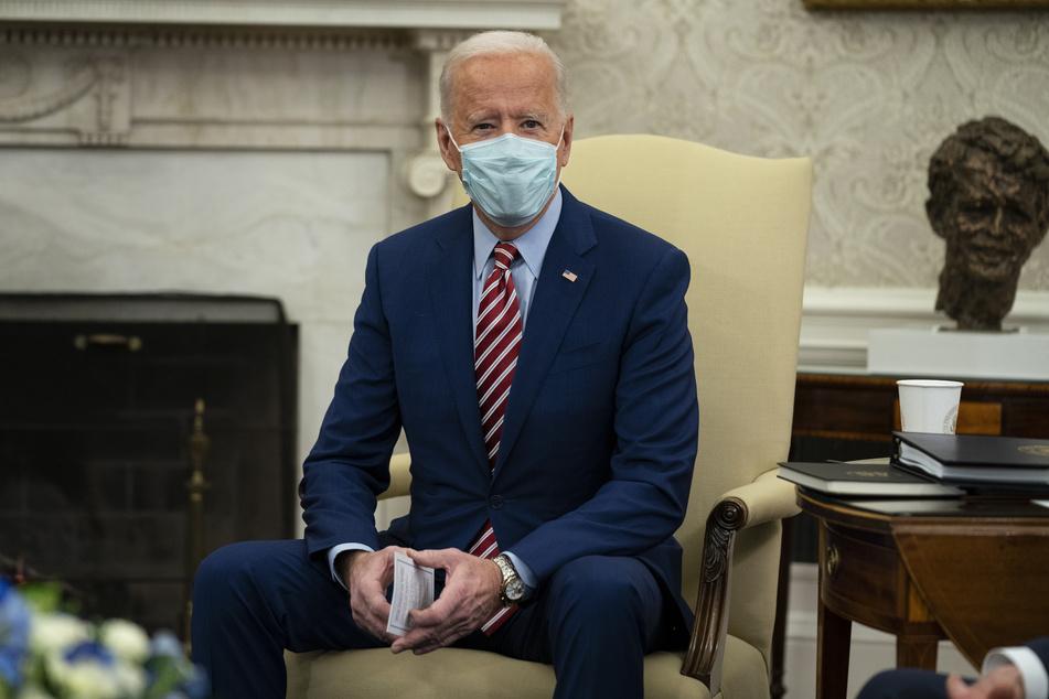 Der neue US-Präsident Joe Biden (78) treibt die Corona-Impfungen in den Vereinigten Staaten von Amerika so schnell wie möglich voran.
