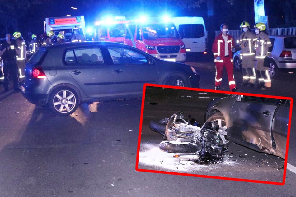 Zusammenstoß zwischen Suzuki und VW: Beide Fahrer schwer verletzt