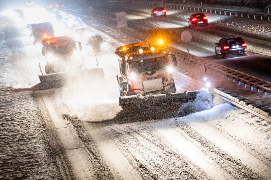 165 Unfälle seit Montag allein in München: Winter hält Bayern fest im Griff