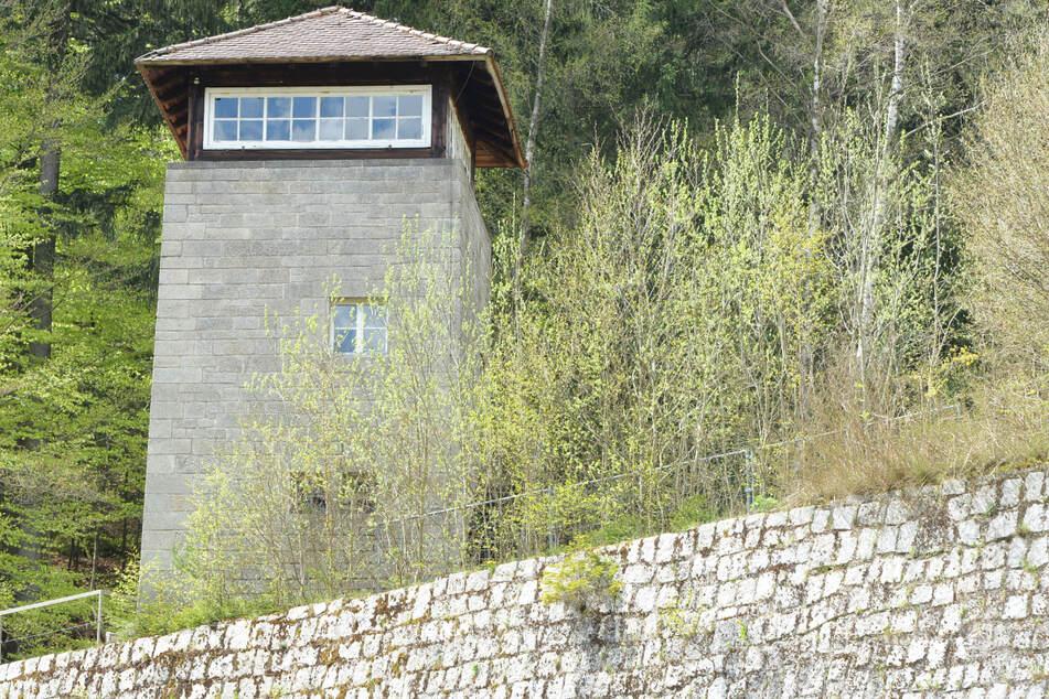 Ein Mann aus Bayern soll möglicherweise an Verbrechen im Konzentrationslager Flossenbürg in der Oberpfalz beteiligt gewesen sein.