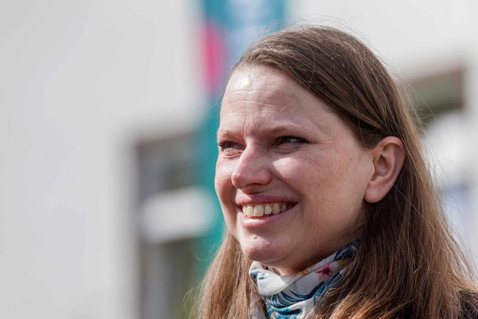 Melanie Leonhard (43, SPD), Senatorin für Arbeit, Soziales, Familie und Integration der Freien und Hansestadt Hamburg, haben die Feier-Exzesse verärgert.