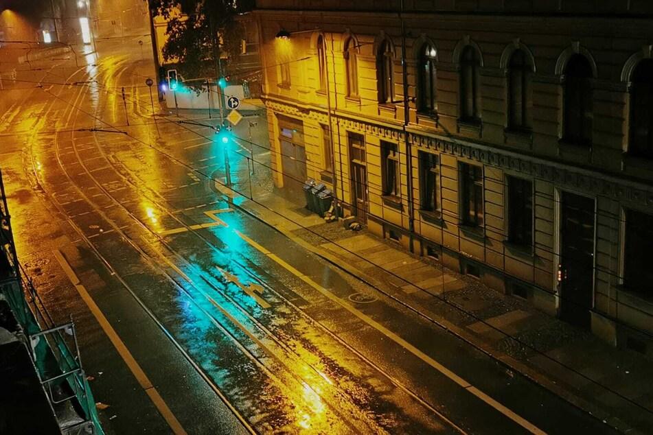 In der Nacht zu Montag brach in Leipzig ein Unwetter los.