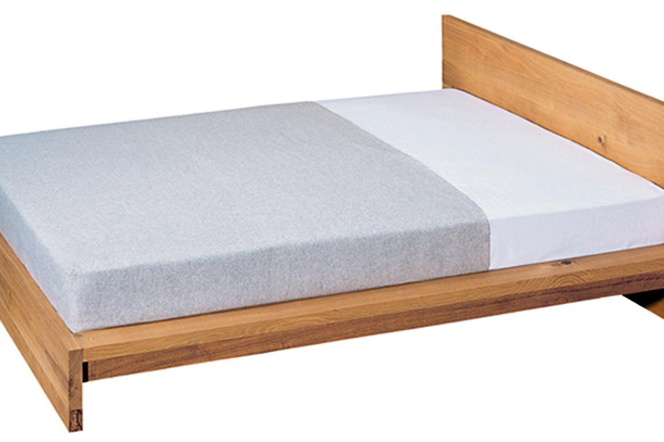 "Das Foto zeigt das Bett ""MO"" der Möbelmarke e15. Der jahrelange Rechtsstreit um den Ikea-Bettenklassiker ""Malm"" ist beendet."
