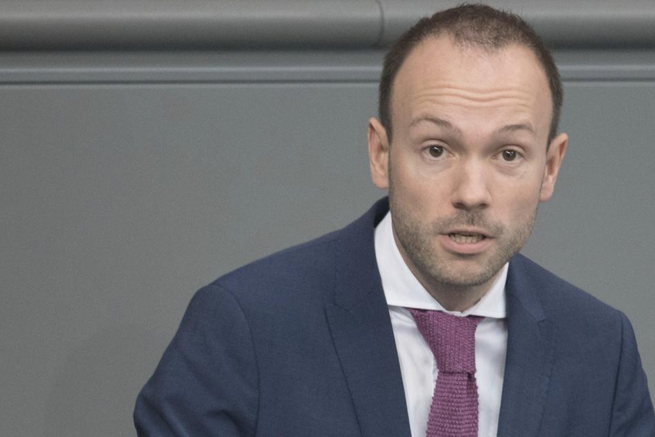 Abgeordneter Löbel legt Mandat wegen Maskenaffäre sofort nieder