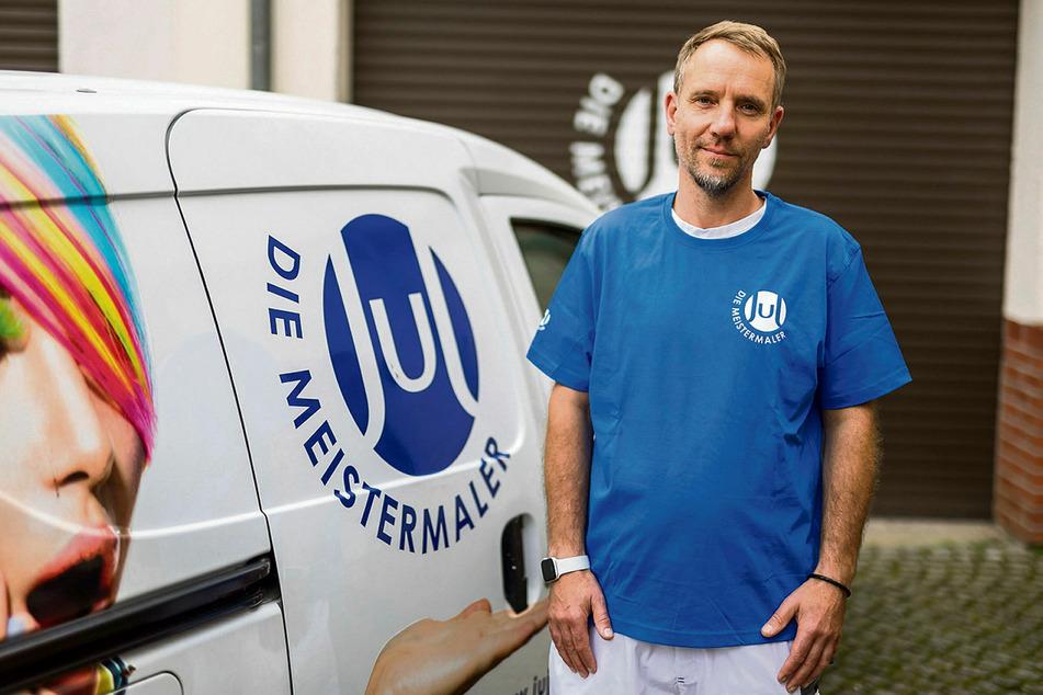 Malermeister Mario Junge (52) kämpft um seinen von der Abschiebung bedrohten Mitarbeiter.