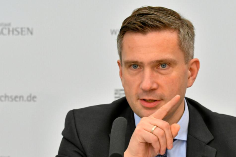 Friseur-Öffnungen in Sachsen: Läden dürfen bis 22 Uhr Kunden bedienen