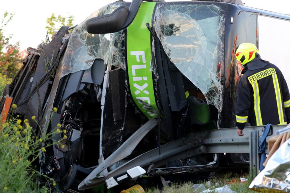 Tödlicher Flixbus-Unfall bei Leipzig: Anklage oder Einstellung?
